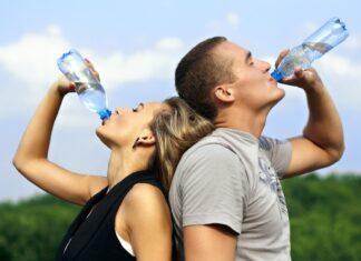 De Agua potable Para la Pérdida de Peso y la Buena Salud